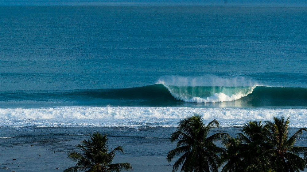 KabuNohi_Surf_The Point_Keyhole_Lagundri_Bay_Nias@Mark Flint (8).jpg