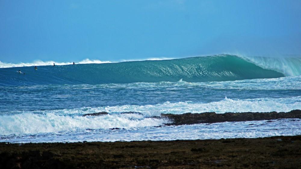 KabuNohi_Surf_Sobatu_Nias@Mark Flint (9).jpg