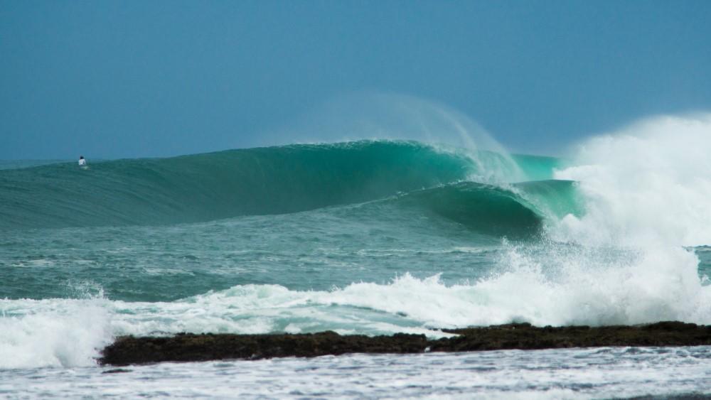 KabuNohi_Surf_Sobatu_Nias@Mark Flint (12).jpg