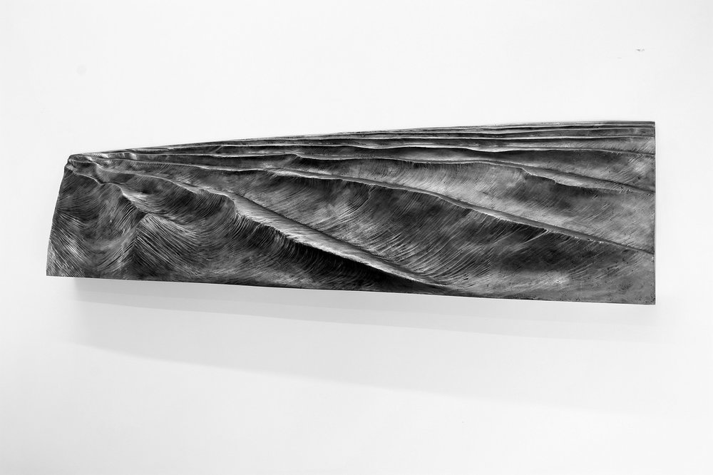 """""""mare"""" 2012-2015  H 43 cm x 213 cm x 15 cm , fusione a cera persa in alluminio"""