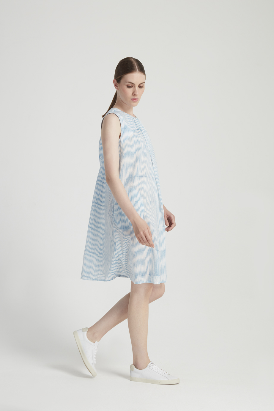 block-stripe-dress-in-blue-11d887956d70.jpg