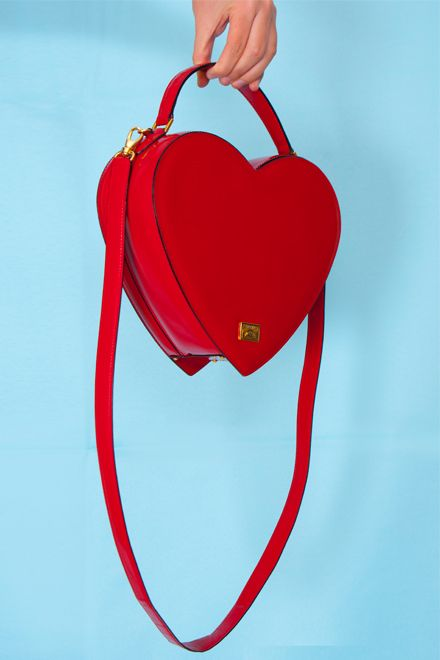 Vintage Moschino red heart bag