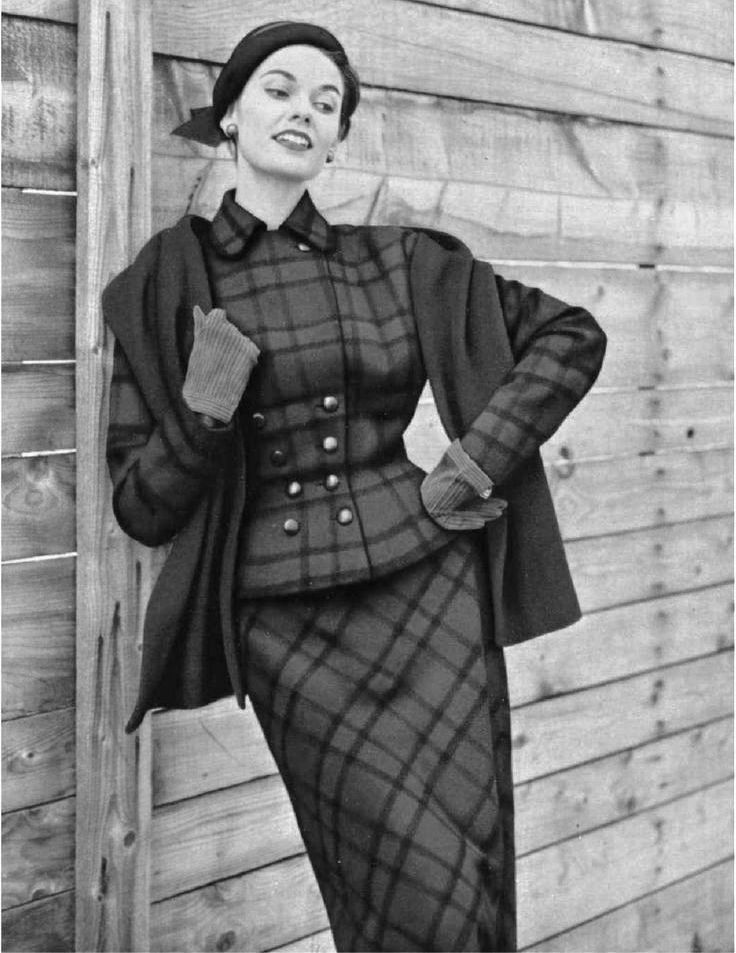 Vintage fashion heritage plaid bw.jpg