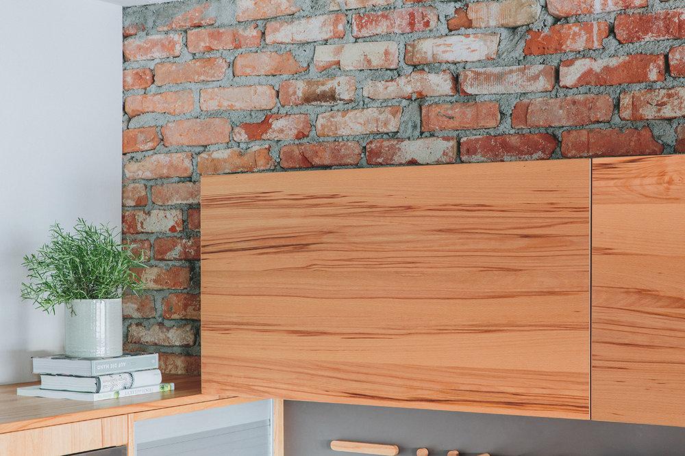 walden - Hochschwenktür Holz
