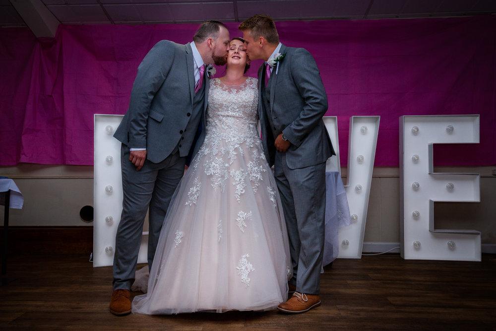 Simpler-weddings--4.jpg
