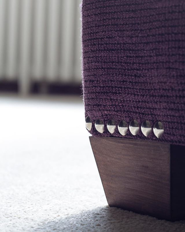 Love the stud detailing on this beautiful bespoke foot stool we designed a couple of years ago! . . #bespoke #furniture #footstool #design #interiors #interiordesign #interiordesigner #inspiration #stud #details #sarahahluwalia #saaldesign #warwickshire #leamingtonspa #cotswolds #timeless