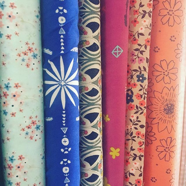 Visit our promotions in the the shop #macasdamor #macasdamorfabrics #onlinefabricstore #tecidos #costura #sewing