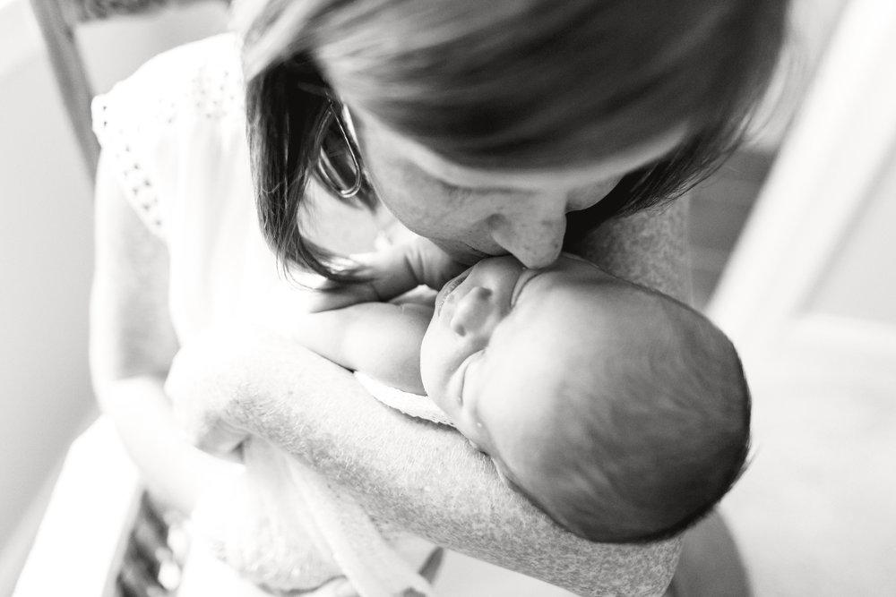 stephanie-bryan-photgraphy_lifestyle-newborn-raleigh-7.jpg