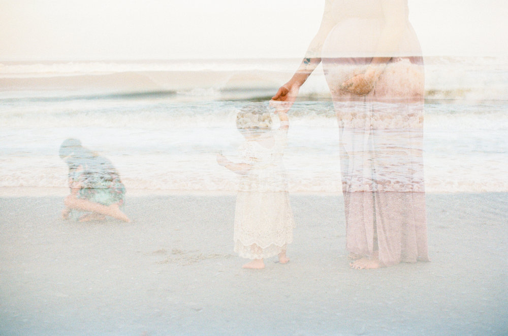 north-carolina-film-photographer-beach-family-session