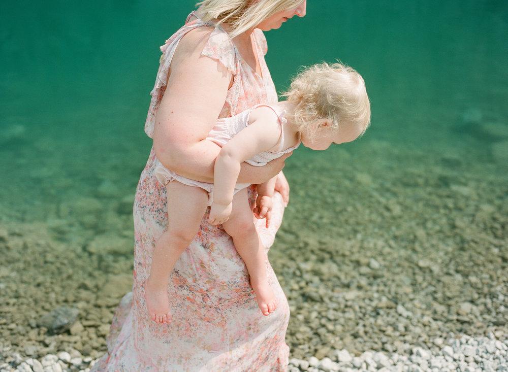 international-family-film-photographer-destination-travel
