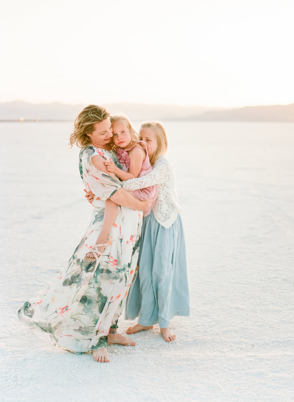 travel-family-film-photographer-salt-flats-utah-005
