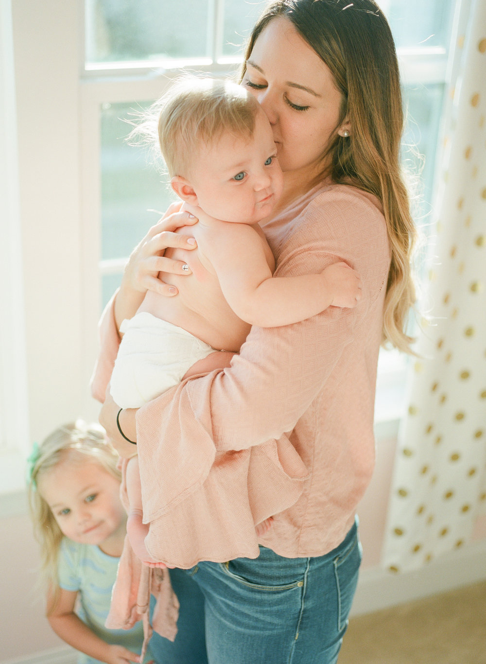 raleigh-motherhood-session-family-photography-morning