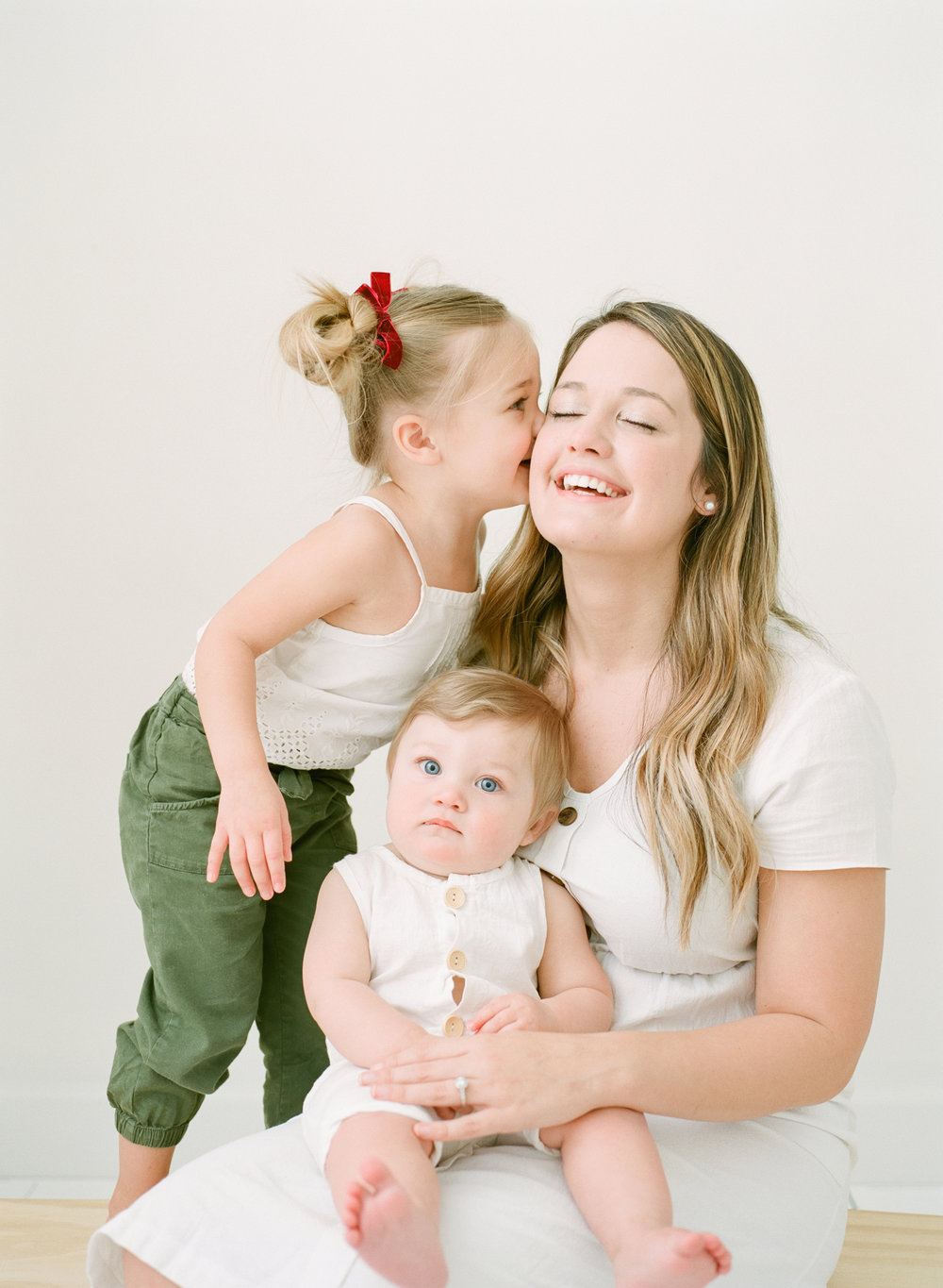 affordable-family-newborn-studio-photographer-raleigh-wake-forest-001