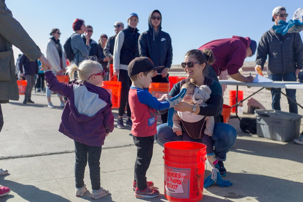 17 Surfrider - Beach Cleanup-20171105-9.jpg
