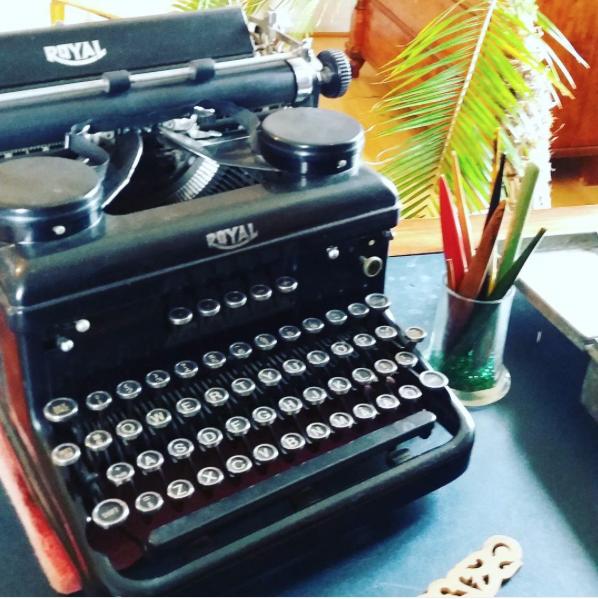 Skrivmaskin på Amos Andersons museum i Söderlångvik. Inför arbetet med Amos arv, 2016.