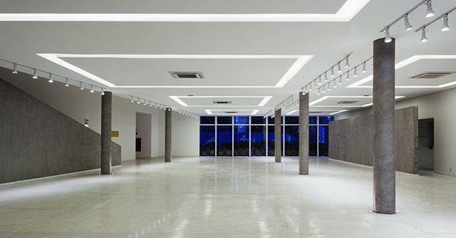 Centro de Formação da Secretaria de Educação SCS #carolinapennaarquitetos