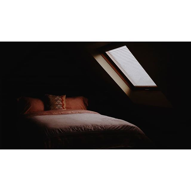 Got that moody #airbnb haven't used my #fuji in a bit. Still love this camera. . . . . . . . #fujiframez #fujixt20 #moody #picoftheday #photography #bedroom #window