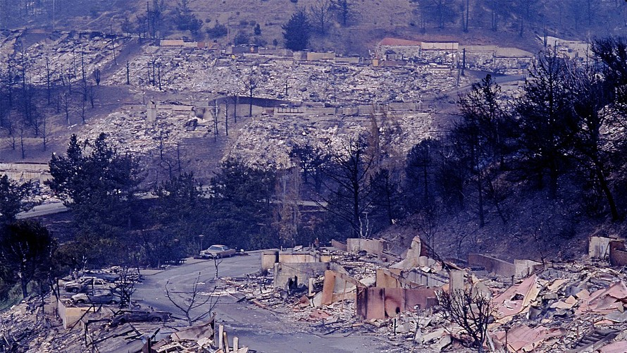 Devastation in the Oakland Hills in the 1991 firestorm. Photo Credit: MarketWatch
