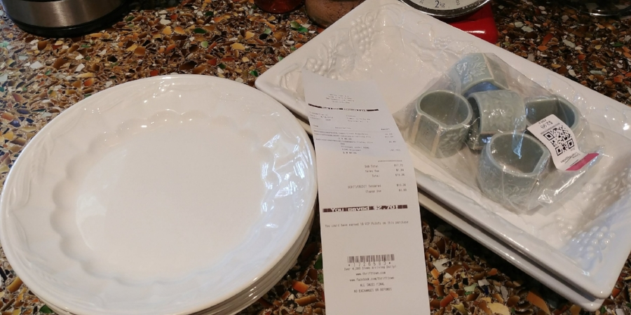 Each bowl on the left came in at only 0.55¢.  The serving dishes were more, but still a bargain!