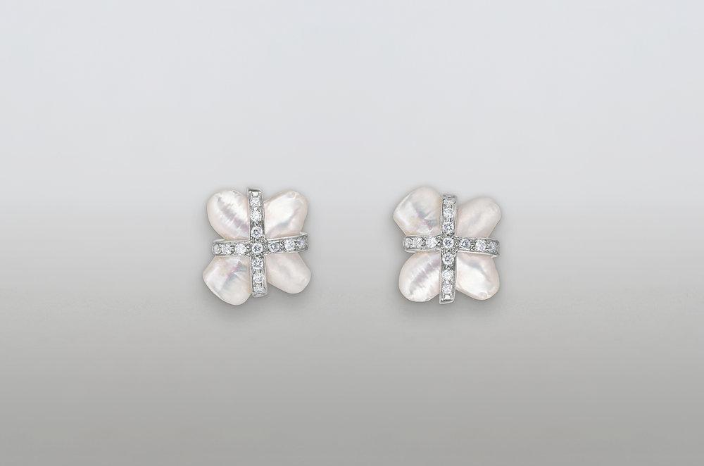 White Cross Earrings from dealer.4.jpg