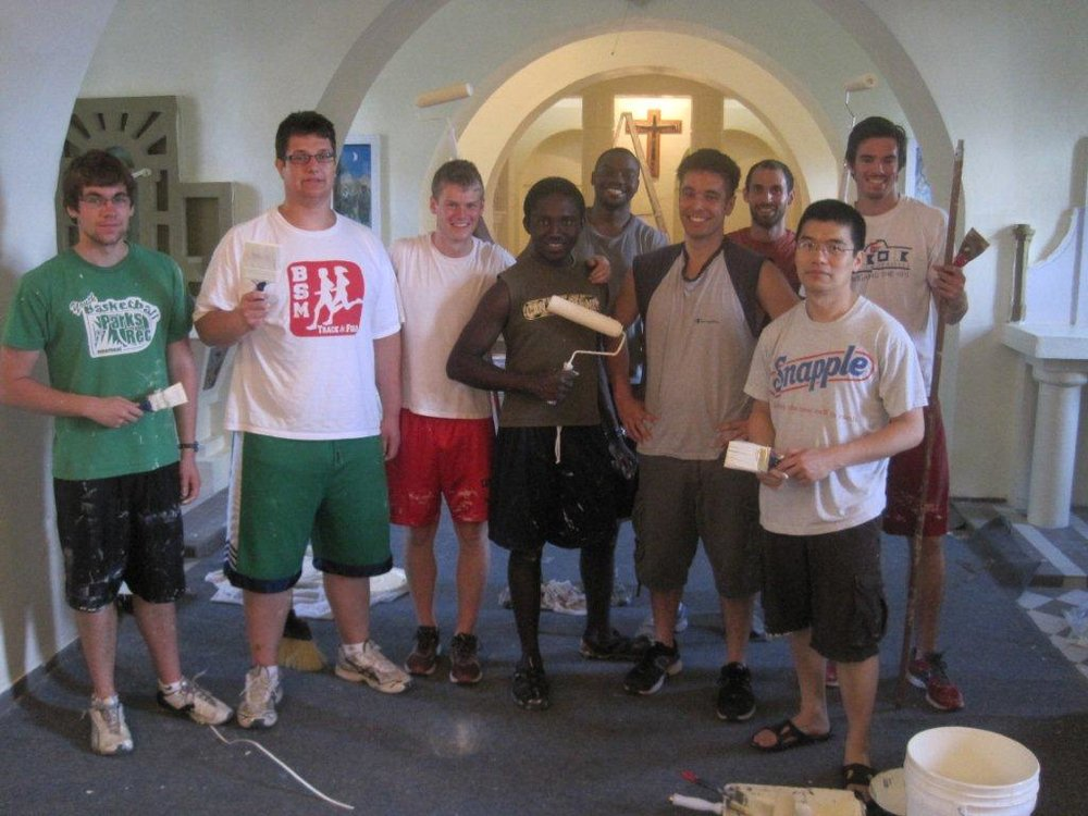 BVC_Bahamas_2012_group_painting_Retreat_working_6.jpg