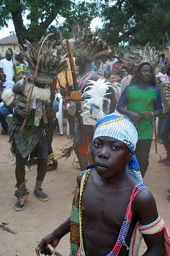 BVC Togo 2010 boys dancing2.jpg
