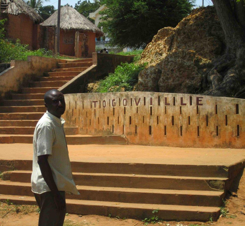 BVC Togo 2010 Togoville sign.jpg