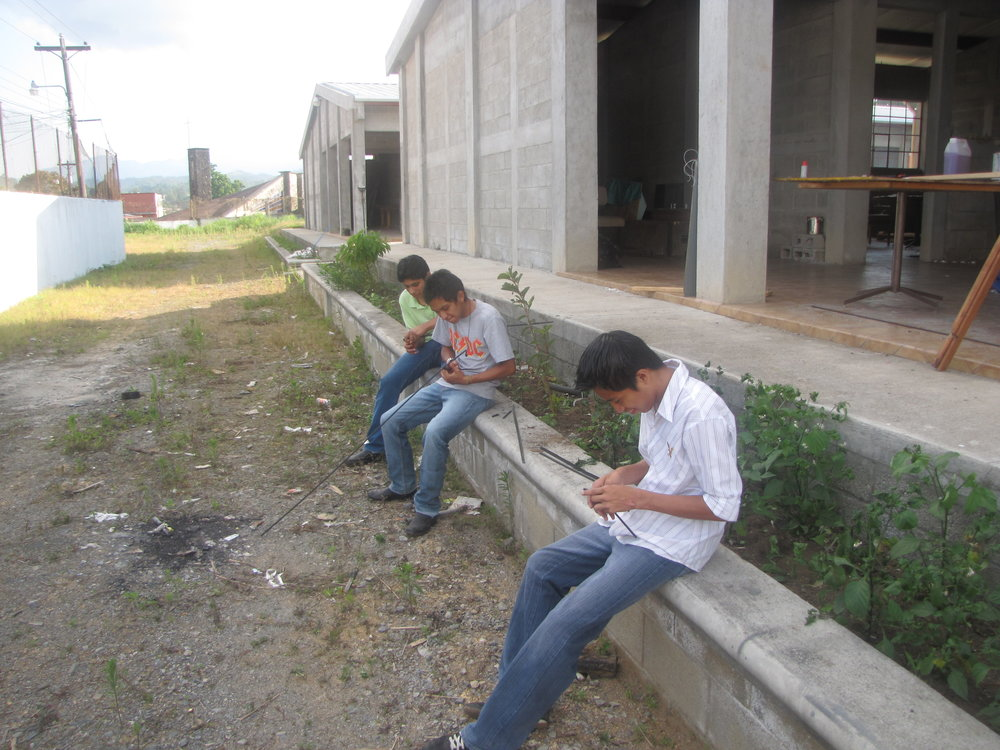 BVC Coban 2010 kids working.JPG