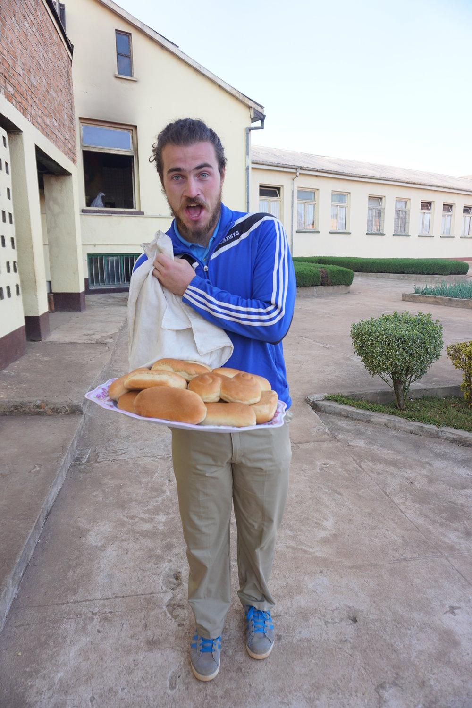 Imiliwaha - Phil - bread.JPG