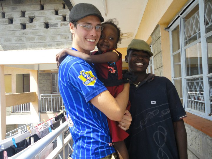 BVC Nairobi 2010 Simon Sperl with kid at St. Benedicts center.jpg