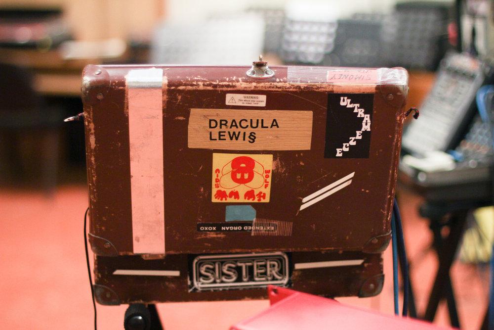 dracula-lews-babylon-radio-2-live-rfm-4.jpg