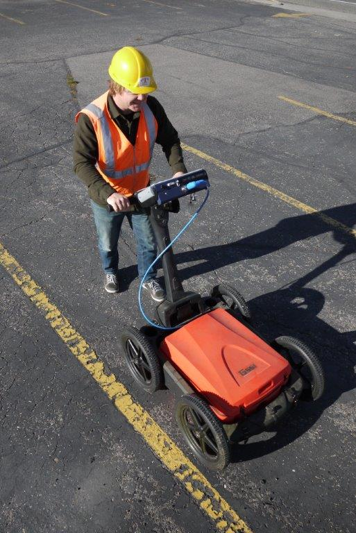400 MHz GPR scan of parking lot to detect subsurface voids or cavities.