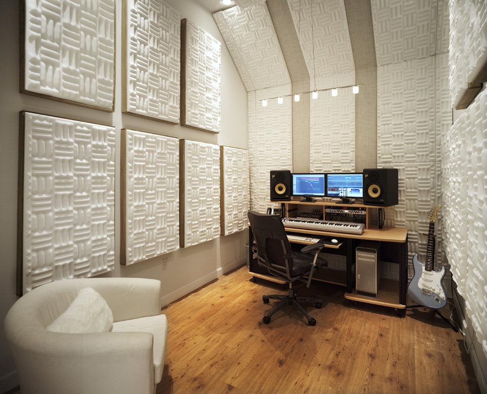 StudioD.jpg