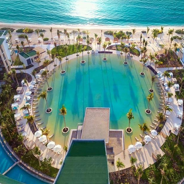Spring really is just around the corner for our clients who are taking early spring break trips all over the Cancun and Riviera Maya area this month 🇲🇽🏖some of the luckiest will be checking in at the brand new @havenresorts! #vivamexico #clevelandtravelagent #localgirlgangcle #destinationluxetravel #havenrivieracancun