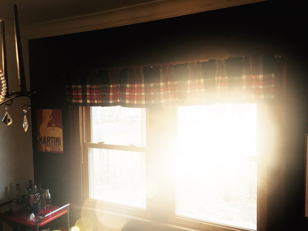 We made these Cabin Chic Upcycled Plaid Valances from an old blanket. Green decor can look pretty beautiful, huh?
