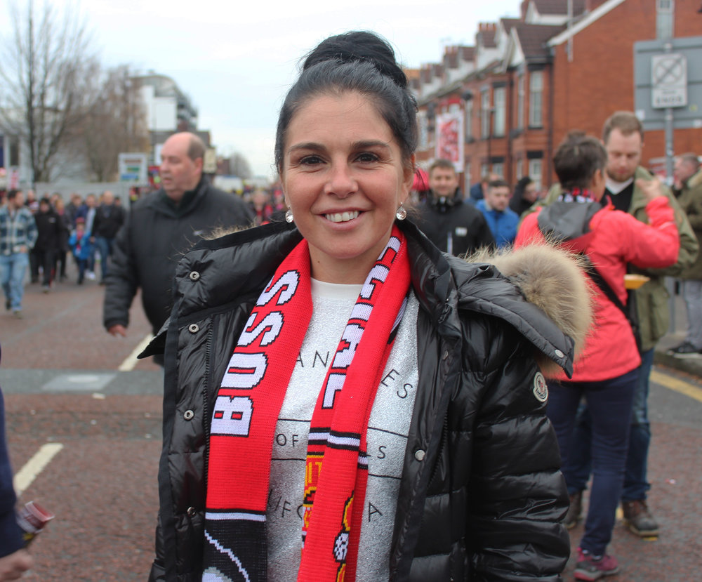 Manchester United Female Football Fan - This Fan Girl