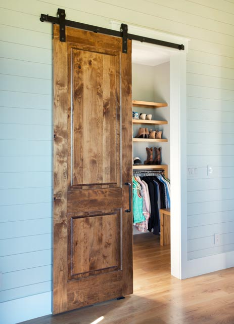 Luxury Country Farmhouse Closet