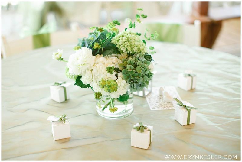 lushfloraldesignpdx.com   Lake Mayfield Marina Weddings   Mossyrock Washington Wedding Florist   Lush Floral Design Portland Flowers   Eryn Kessler Photography