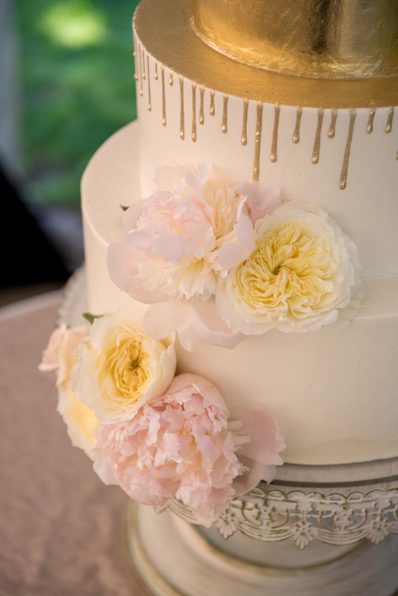 lushfloraldesignpdx.com | Lush Floral Design in Portland Oregon | Abernethy Center | Abigail's Garden Weddings | Powers Studios Photography | Wedding Florist _ (8).jpg