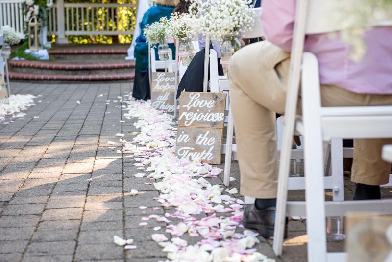 lushfloraldesignpdx.com | Lush Floral Design in Portland Oregon | Abernethy Center | Abigail's Garden Weddings | Powers Studios Photography | Wedding Florist _ (9).jpg