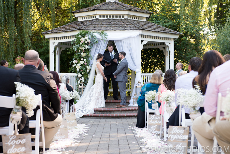 lushfloraldesignpdx.com | Lush Floral Design in Portland Oregon | Abernethy Center | Abigail's Garden Weddings | Powers Studios Photography | Wedding Florist _ (17).jpg