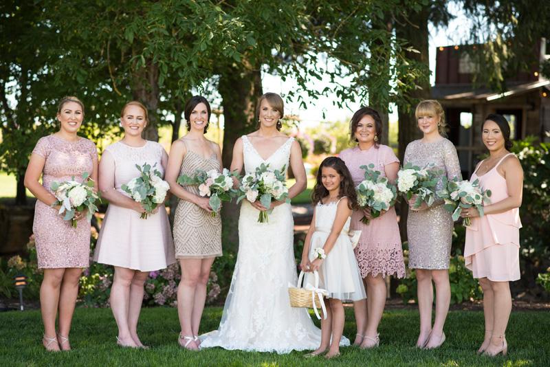 lushfloraldesignpdx.com   Lush Floral Design in Portland Oregon   Postelwaite's Country Farms Weddings   Cordova Studios Photography   Wedding Florist _ (16).jpg