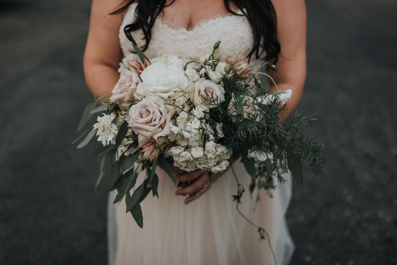 Lushfloraldesignpdx.com/ Castaway/ Lush Floral Design Portland Oregon/ Jonnie and Garrett Photography/ Grand Cru Catering/ Event Team/ Blush Bridal