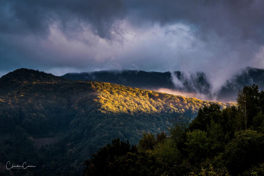 When the sky kisses the earth. Fujifilm x-T1, fx56mm @ ISO800, f8.0, 1/125s