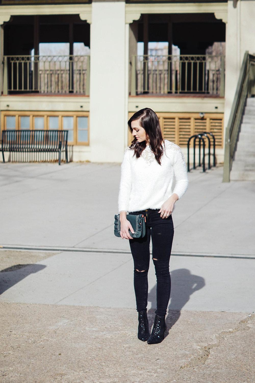 Sweater  //  Zara denim  //  Zara boots  //  Zara purse