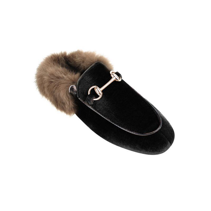 1-BUY-Jessica-Buurman-Street-Style-Shoes-RACHA-Velvet-And-Fur-Slippers-Black-800x800.jpg