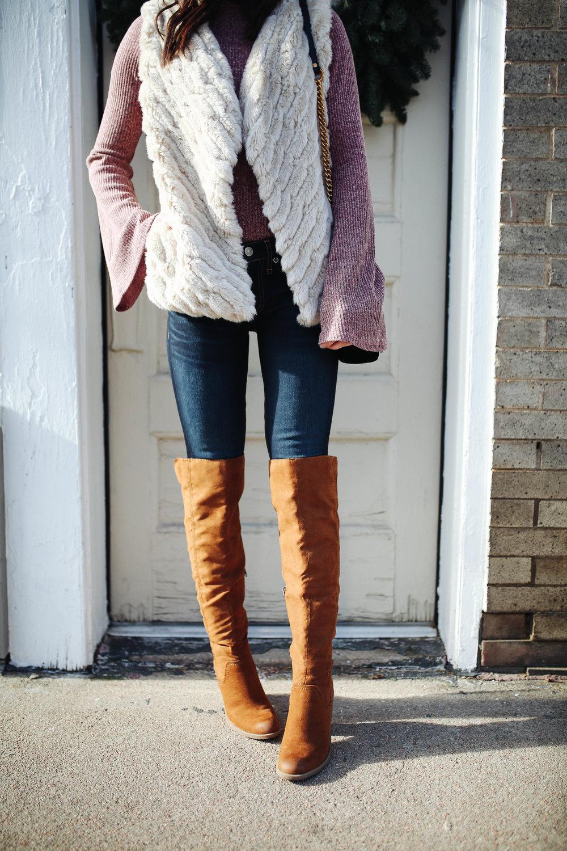 """<img src ="""" bell sleeves.jpg"""" alt= """" trending-bell-sleeves-otk-boots-bb dakota-keith-faux-fur-vest"""">"""