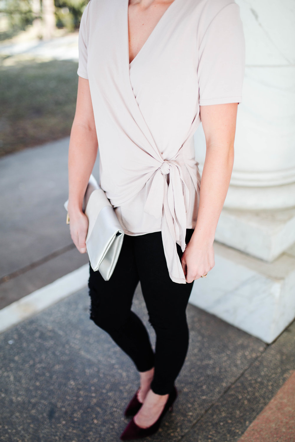 """<img src="""" valentines-day-look.jpg"""" alt = """"bp-wrap-blouse-james-jeans-twiggy-valentines-day-outfit"""">"""