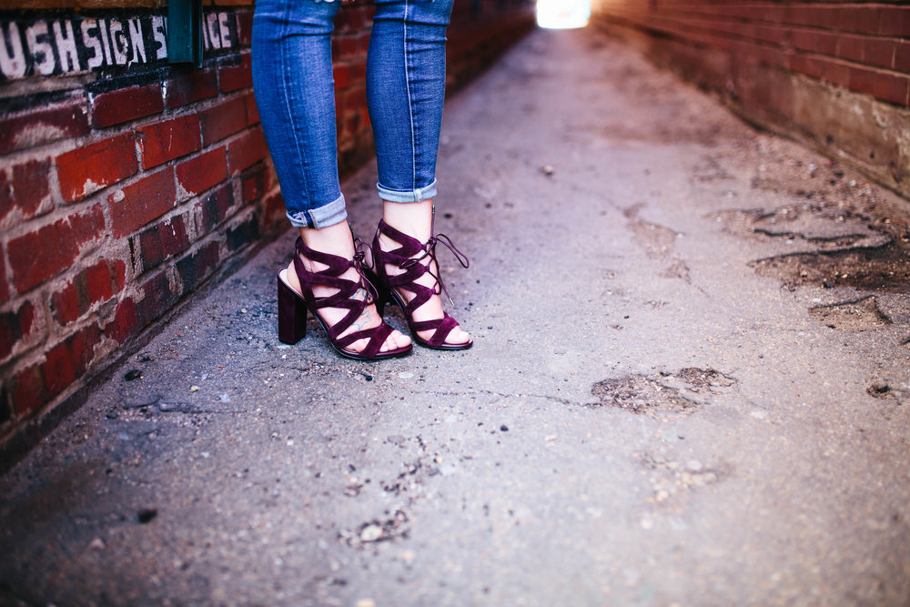 "<img src =""how-to-transition-to-spring.jpg"" alt = ""how-to-transition-to-spring-sam-edelman-yardley-teddy-bears-and-lipstick-blog"">"