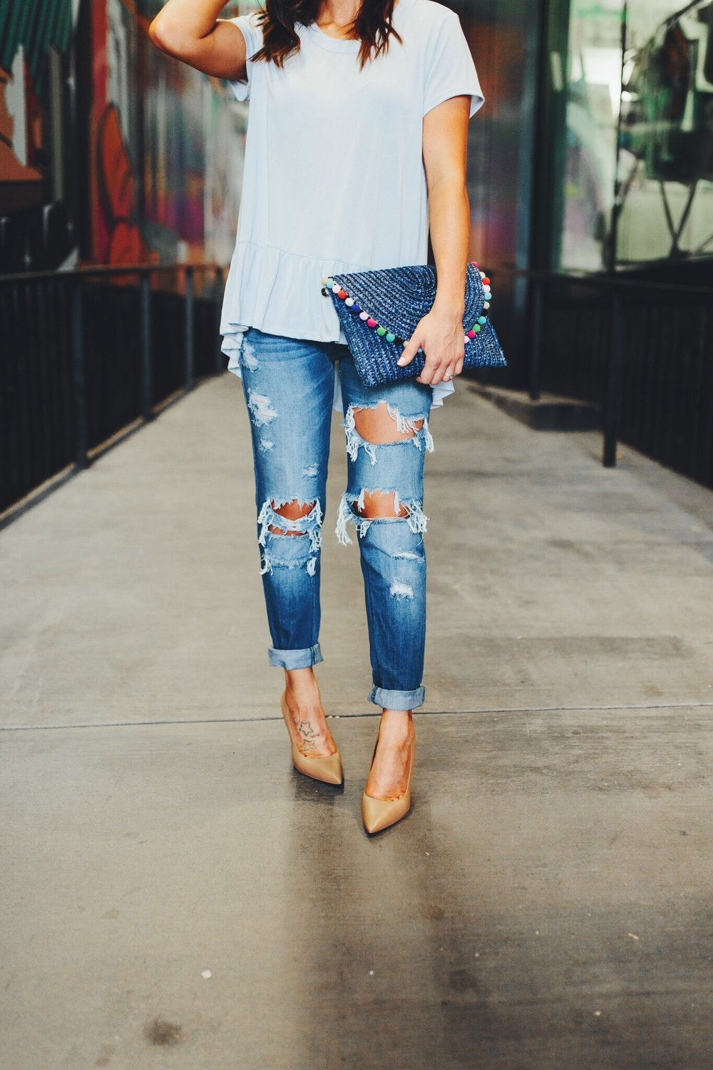 "<img src =""how-to-wear-boyfriend-jeans.jpg"" alt = ""waist-down-look-at-fashion-blogger-teddybearsandlipstick's-boyfriend-jeans-outfit-styled-with-caramel-colored-sam-edelman-hazel-pumps-and-a-peplum-top"">"
